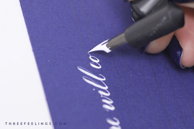 caligrafia con tinta blanca - comienzo