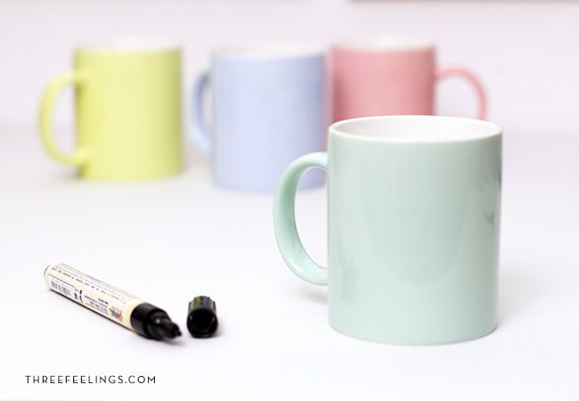 materiales para decorar una taza con caligrafía