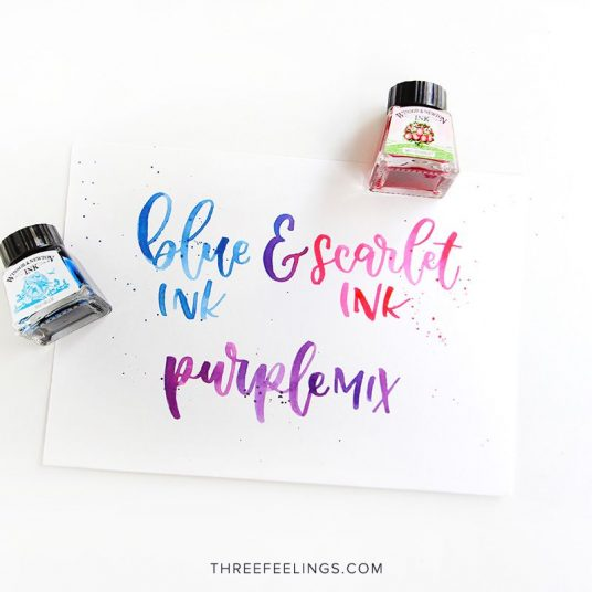 01-tintas-azul-escarlata-winsor-newton-lettering-threefeeelings