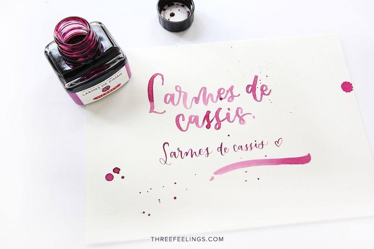 05-tinta-herbin-larmes-de-cassis-lettering-threefeelings